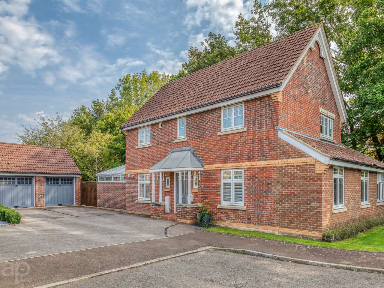 37 Elbourn Way, Bassingbourn, SG8 5UJ