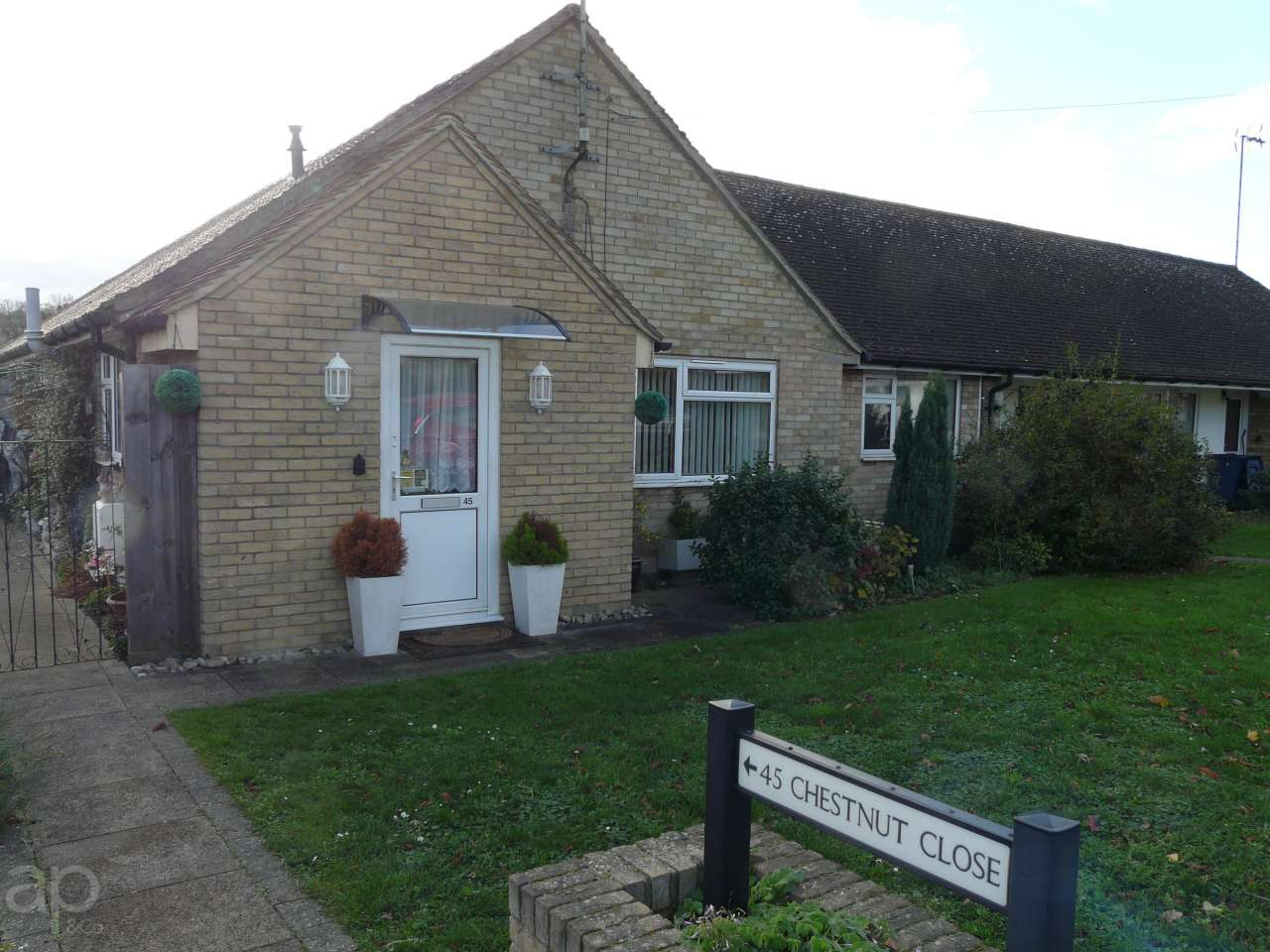 45 Chestnut Close, Cambridge, CB23 1JU