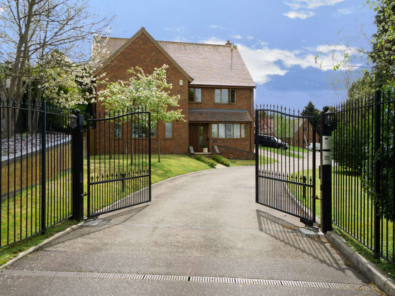 Woodlands House Priory Close, Royston, SG8 7DU